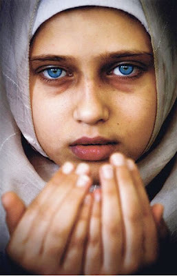 la belle muslim personals The short summary is that gigi and her younger sister, bella, are enormous   what is even less noted is that the hadids are muslim and were.