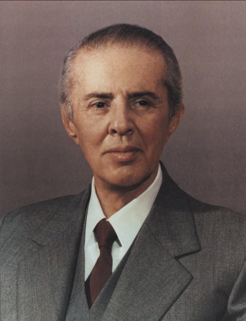 Hoxha_9